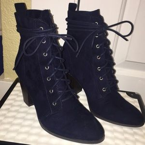 Faux suede, navy blue, lace up booties!